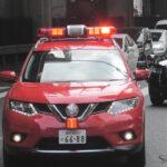 緊急走行で臨場する警防指令車YOと人形町ポンプ車に進路を譲る一般車・タクシーがステキ