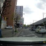 【緊走】赤上げの瞬間! 210系クラウン覆面パトカー が横断歩道者等妨害を取り締まり 神奈川県警 交通機動隊 サイレン吹鳴
