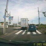 足立 536 さ 01-00 スマート  スピード違反に煽り運転 この運転手はどうしょうもない。