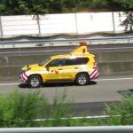 ネクスコ中日本 道路パトカー 緊急走行