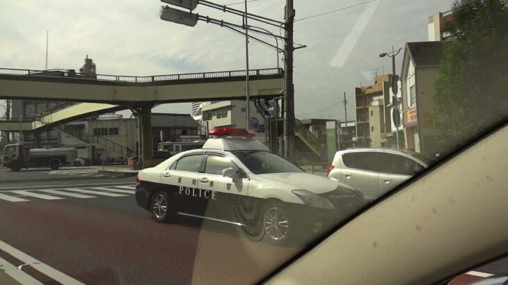 愛知県警パトカーが緊急走行して違反車両を検挙 古出来町交差点(愛知県名古屋市東区)2021.9.20