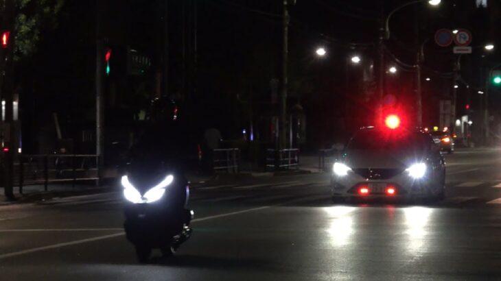 覆面パトカー史上最速 マークX+Mスーパーチャージャーに速度違反のオートバイが捕まる瞬間