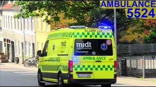 region midtjylland ÅRHUS CITY AMBULANCE 5524  i udrykning rettungsdienst auf Einsatzfahrt 緊急走行 救急車